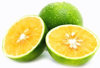 琼中绿橙:皮为绿色,肉为红色,皮薄汁多、酸甜适中